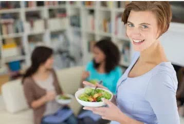 إليك كل ما تحتاج لمعرفته حول حمية العقل والأطعمة التي يجب تضمينها!