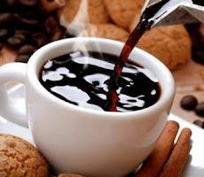 Tiga Manfaat Minum Kopi Gunakan Gula Aren