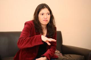 """Javiera Olivares: """"El Estado tiene que apropiarse del debate comunicacional y pensar en políticas públicas"""""""