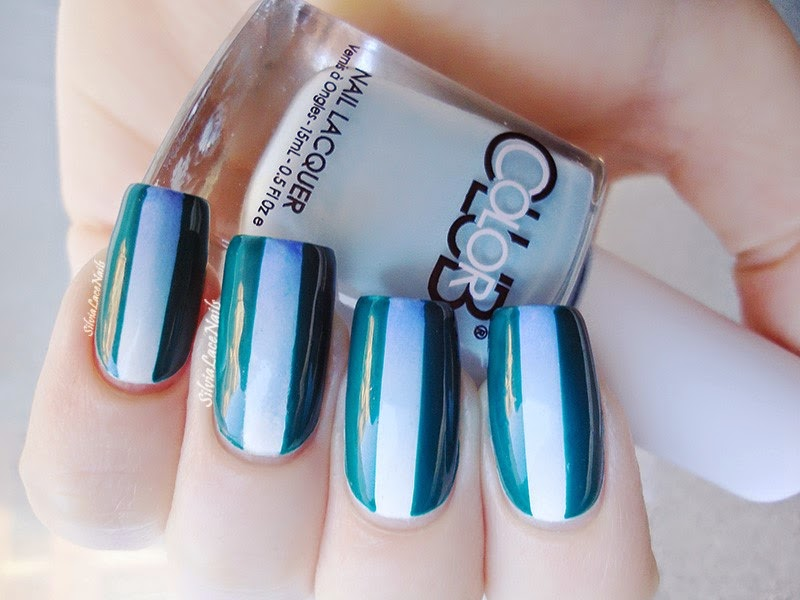 Light blue accent gradient