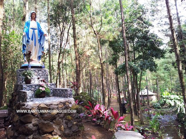 Patung Bunda Maria di Antaboga.