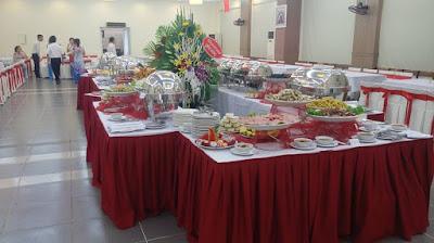 Trung tâm tổ chức tiệc buffet , tiệc cưới