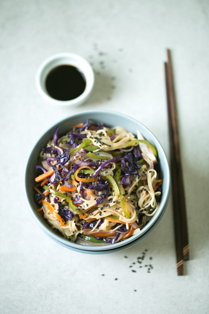 Gluten-free noodle wok with pasta: This gluten-free noodle and vegetable wok is a perfect everyday dish because it is straightforward, prepared quickly, and delicious.