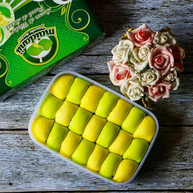 Pancake Durian Maidanii : Cara Enak makan Durian