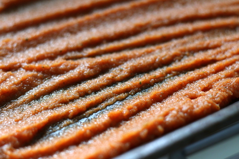 Paste für späteres Gemüsebrühpulver, fertig für den Ofen | Arthurs Tochter Kocht by Astrid Paul