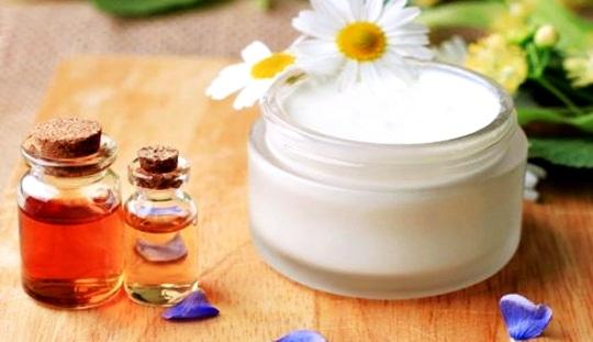 Handmade natural moisturizing cream recipe