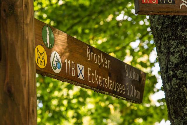 5 Wanderwege auf den Brocken im Harz  Zu Fuß auf den Brocken wandern - Wanderwege auf den Brocken im Überblick 01