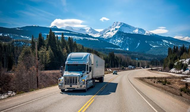 52 Great Trucking Blog Names