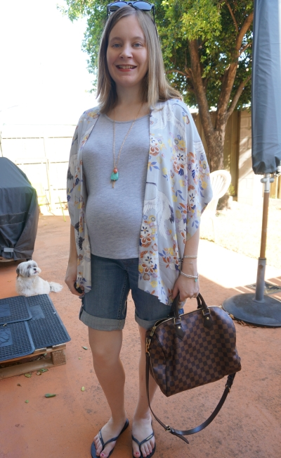 Away From The Blue | Summer Pregnancy Outfit grey tee denim shorts kimono LV Speedy B bag