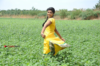Uyirkkodi Tamil Movie Stills  0073.jpg
