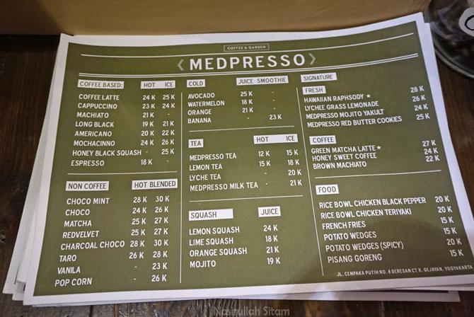 Daftar menu dan harga di Medpresso Coffee and Garden Jogja