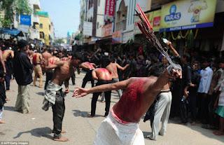 Mengerikan! Begini Ritual Penuh Darah Penebusan Dosa Kaum Syiah