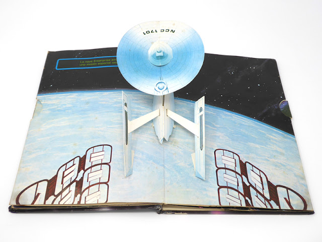 Viaje a las estrellas  - Un libro Pop UP  1980 - Editorial NORMA - Libros Animados  Tor Lokvig & Chuk Murphy