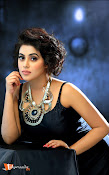 Poorna Telugu Actress-thumbnail-13