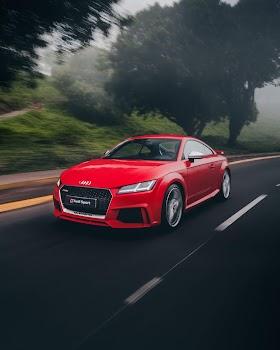 Audi Coupe Màu Đỏ