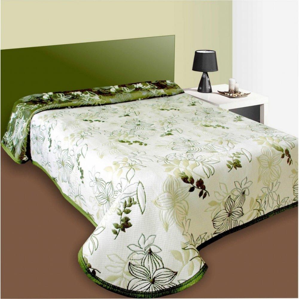 0d807c2b2e284 Forbyt Prehoz na posteľ Lisabon zelený 240 x 260 cm Moderný prehoz na  jednolôžko a dvojposteľ s príjemným vzorom vnesie harmóniu do Vašu spálne