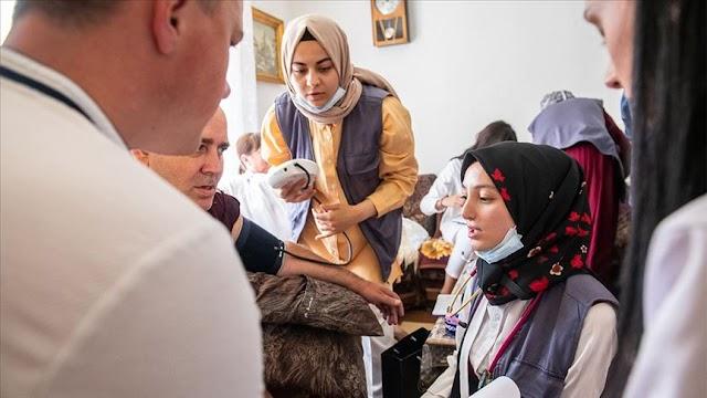 Studenti medicine iz Turske obavljali zdravstvene preglede stanovništva u Plavu