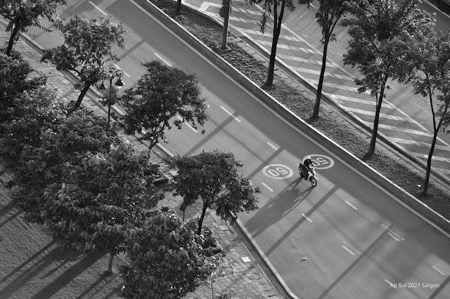 Kỷ niệm những ngày Sài Gòn lockdown chung tay chống Covid, tháng 7, 2021