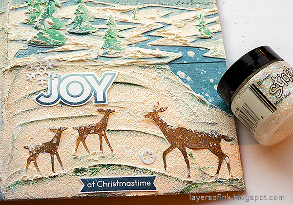 Layers of ink - December Daily Peaceful Winter Tutorial by Anna-Karin Evaldsson. Add stickles glitter gel.