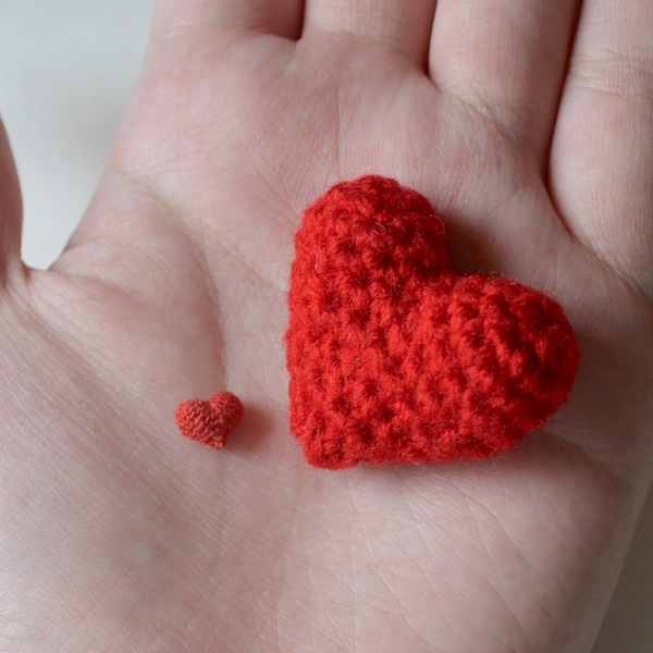 Tiny Crochet Heart Applique: Crochet heart appliqués small appliqué ...