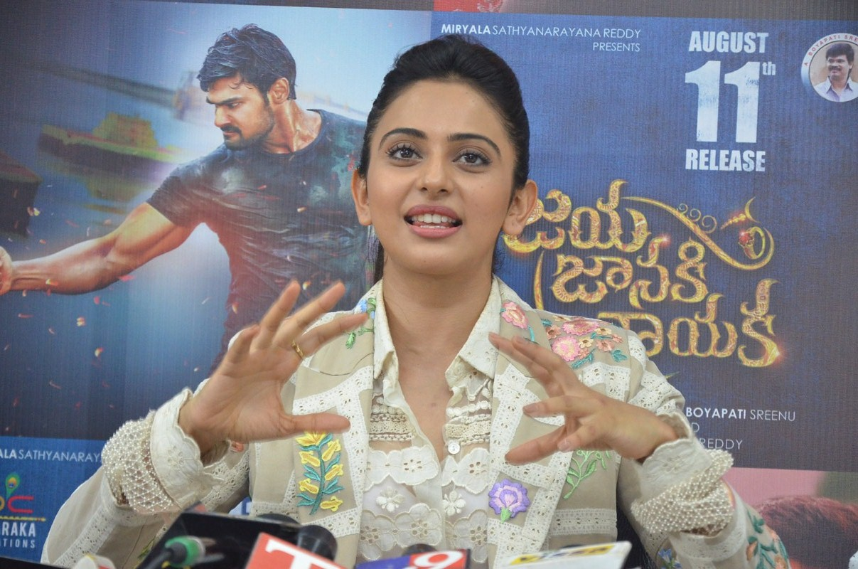 Rakul Preet Singh Stills At Jaya Janaki Nayaka Movie Success Meet