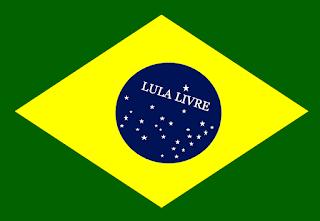 Lula livre na Bandeira nacional. É a união dos brasileiros na defesa de lula livre porque é inocente.