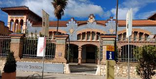 Oficina de Turismo y Museo de Tortosa.
