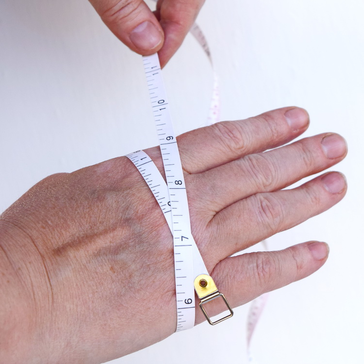 Keeping Things Simple   : How to measure your arms for