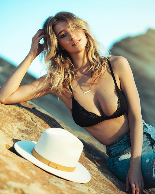 Taylor Cochrane Hot Pics and Bio