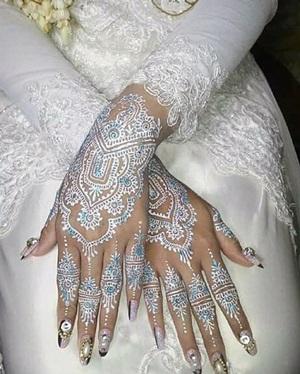 Model Henna Tangan dan Kaki Terbaru