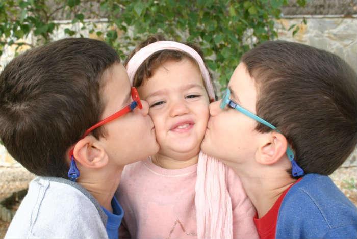 actividades y juegos para trabajar las emociones con los niños, solidaridad