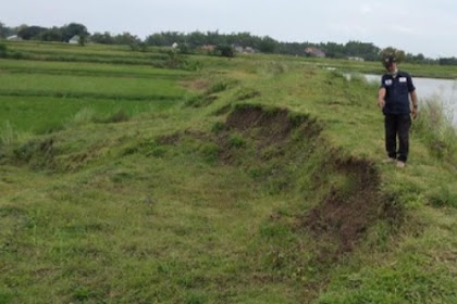 Tanggul waduk wojomanis Lamongan sliding 100 meter