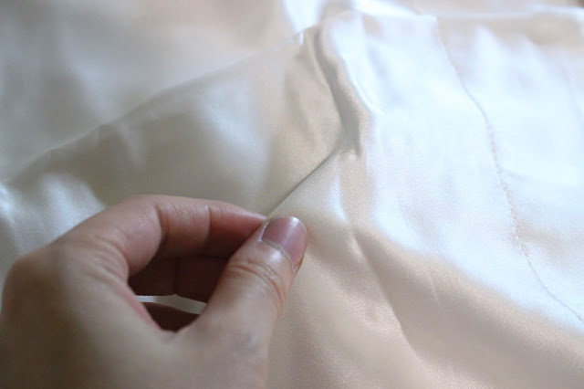 crose silk review, crose silk blog review, crose silk etsy, crose silk blog post, crose silk pillowcase, 30 momme silk pillowcase, crose silk shop, crose silk