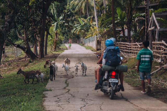 Karabon voyage | skuter | Filipiny | kozy