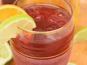 عصير الكرز والليمون