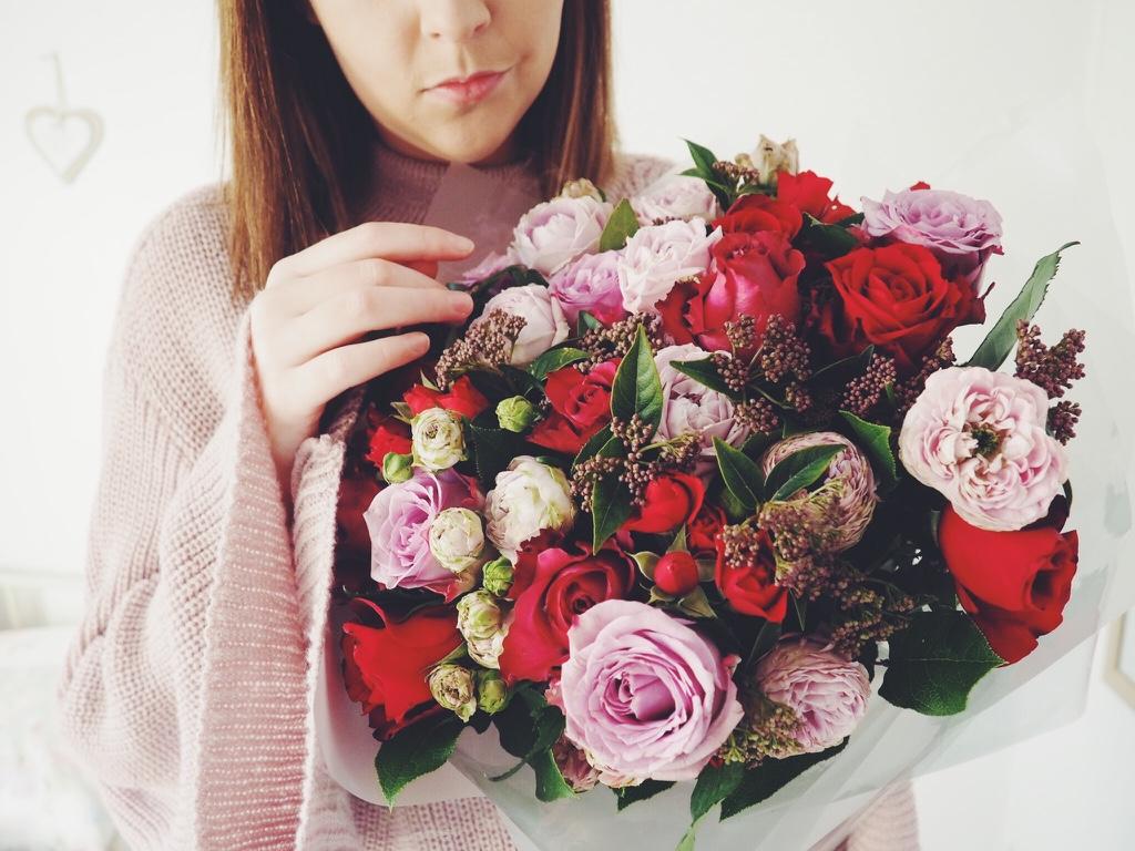 Valentinesdaywithmoonpig, valentinesdayflowers, valentinesday, moonpigvalentinesday, celebratewithmoonpig, rosebouquet
