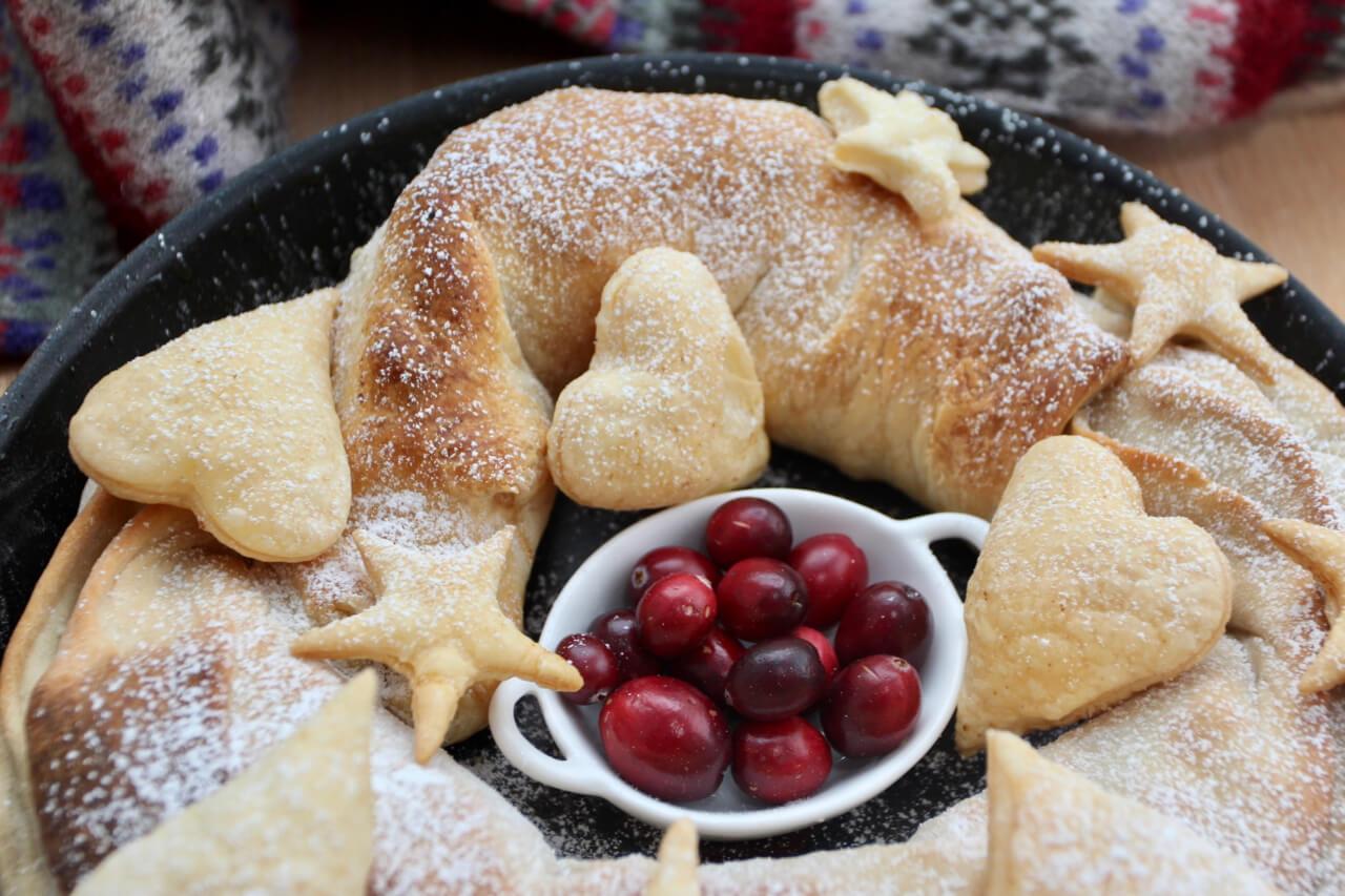 Pfannenstrudel mit Äpfel und Marzipan