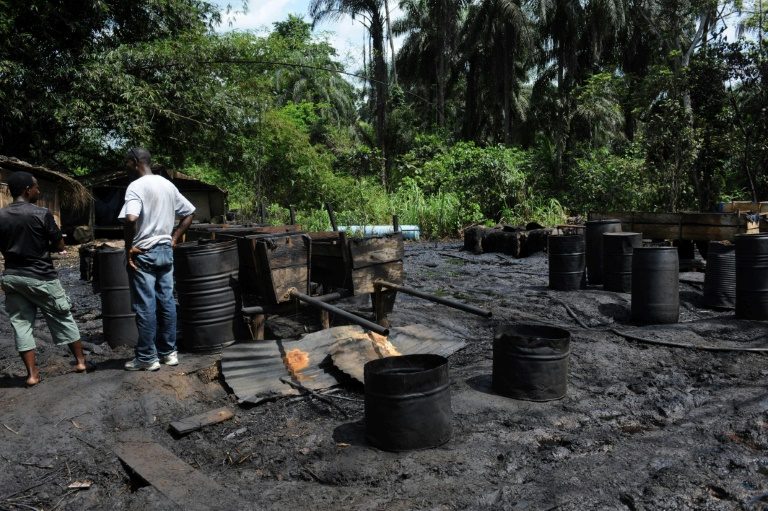 Shell Development Company of Nigeria (SPDC) claims the main sources of pollution in Ogale and Bille communities are oil theft, pipeline sabotage and illegal refining