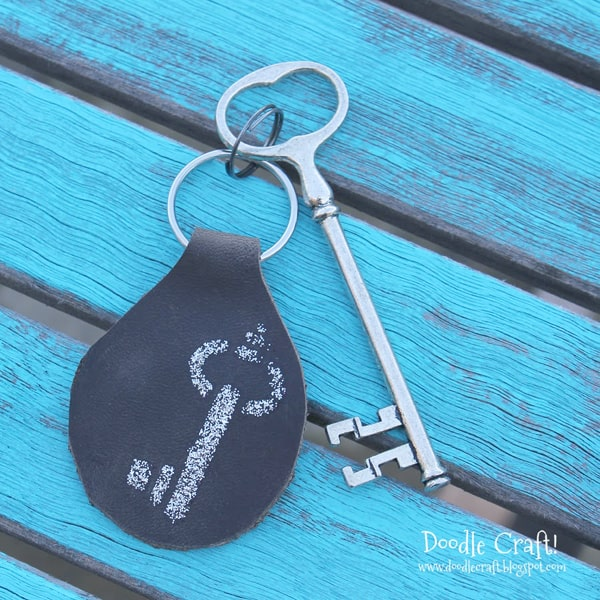 Leather key fob keychain for father's day