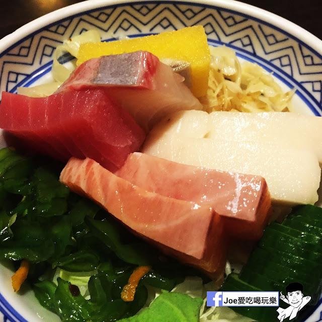 IMG 6254 - 【台中美食】 鱻屋 位於台中精誠路上的平價鮮魚蓋飯   絕對新鮮   海鮮丼飯  平價丼飯   精明商圈  