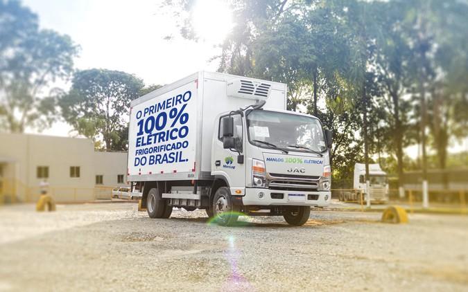 Primeiros caminhões 100% elétricos frigorificados do Brasil já rodam com a Manlog Transportes