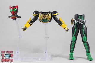 SH Figuarts Shinkocchou Seihou Kamen Rider OOO TaToBa Combo 35