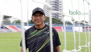 Untuk Merekrut Rahmad Darmawan, Persib Bandung Bersaing dengan Klub Lain
