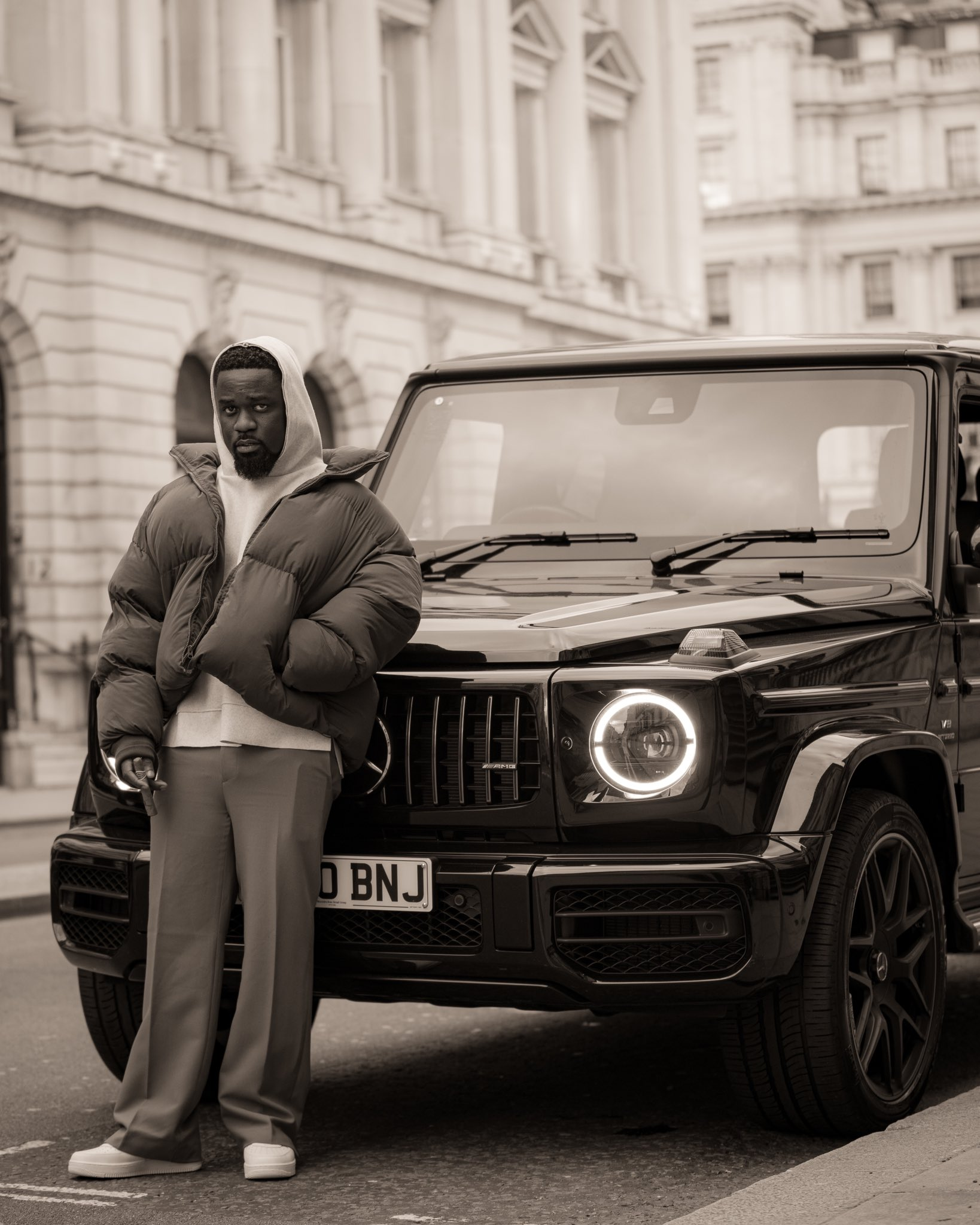 Sarkodie is set to purchase his second mansion within a year - Criss Waddle replied