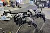 Chó robot có gắn súng ống: Con dao 2 lưỡi