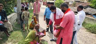 समस्तीपुर में भाजपा के पूर्व जिला अध्यक्ष ने कहा कोई भी असहाय परिवार भूखा नहीं रहेगा : रामसुमरन सिंह।