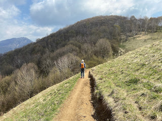 Canto Basso, walking toward Monte Cavallo.