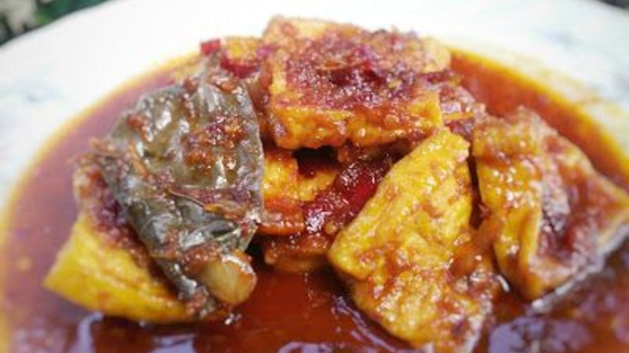 Hidangan Tahu Pedas Manis Cocok Sebagai Teman Makan Siang
