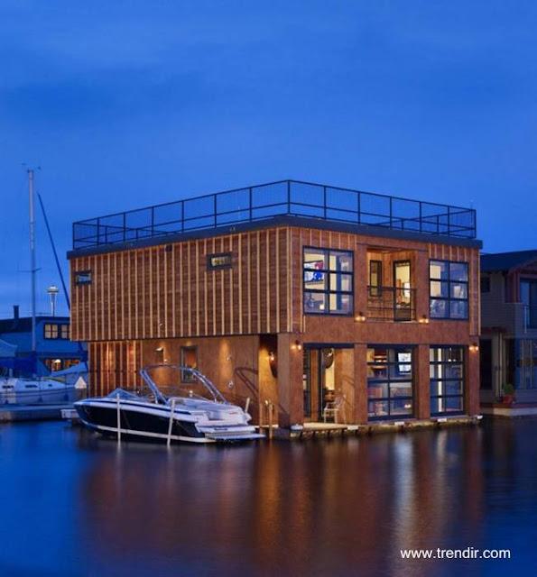 Casa flotante contemporánea en Estados Unidos