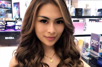 Model Seksi Ini Jadi WAGs PSM Makassar